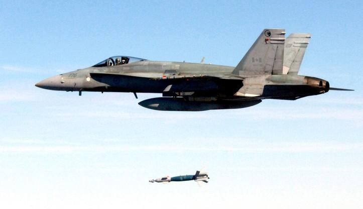 Kanada wycofa swoje myśliwce bombardujące z Iraku