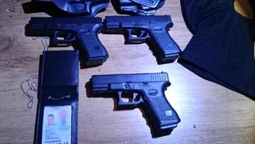07-10-2016 11:03 Policja rozbiła gang oszustów. Podawali się za funkcjonariuszy CBŚP, wyłudzili ponad 1,5 mln zł