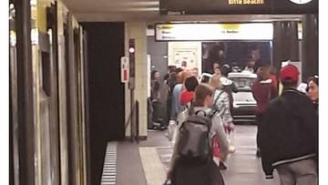 27-05-2017 12:58 Samochód zjechał do stacji metra w Berlinie
