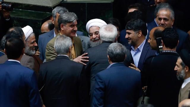 USA i UE zniosły sankcje nałożone na Iran