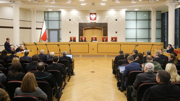 Wyrok Trybunału. Ponowny wybór trzech sędziów niekonstytucyjny. Relacja minuta po minucie
