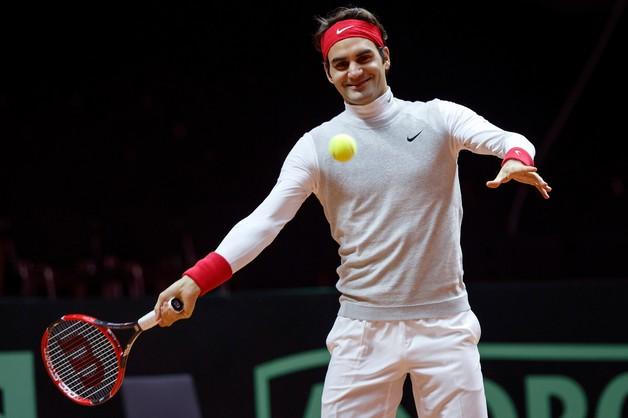 Finał Pucharu Davisa: Federer będzie walczył mimo urazu kręgosłupa