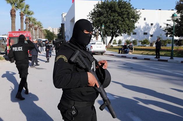 Tunezja: ustalono tożsamość zamachowców, ujęto trzech wspólników