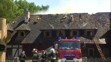 08-06-2016 13:36 Pożar drewnianej gospody w Poznaniu. Ewakuowano gości i pracowników