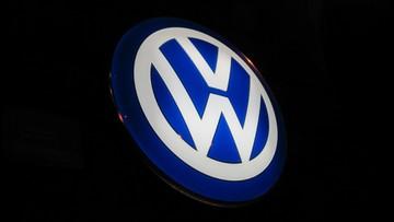 Volkswagen zwiększa rezerwę na koszty afery ze spalinami