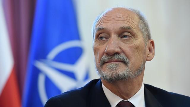 Macierewicz: USA gotowe do rozmieszczania wojsk w Polsce