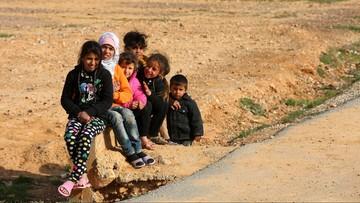 """31-01-2016 21:58 Ponad 10 tys. nieletnich uchodźców """"znikło"""" w Europie. """"Mogą być w rękach handlarzy ludźmi"""""""