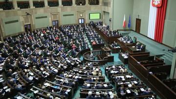 Zażalenia na decyzję o ekshumacji nie złożysz. Sejm przeciw projektowi Platformy