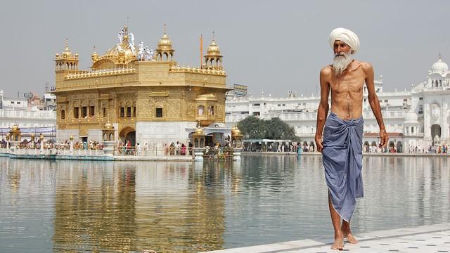 Indie: w czterech stanach wprowadzono prohibicję