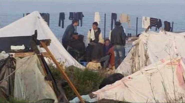 """""""Groźby, molestowanie, kradzieże"""". Burmistrz Lampedusy o sytuacji na włoskiej wyspie"""