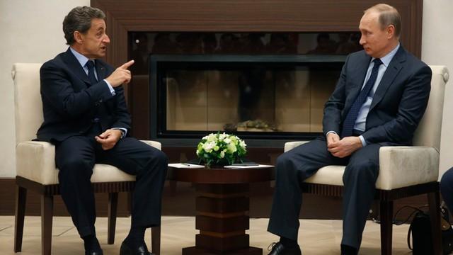 Francja: Sarkozy krytykowany po spotkaniu z Putinem