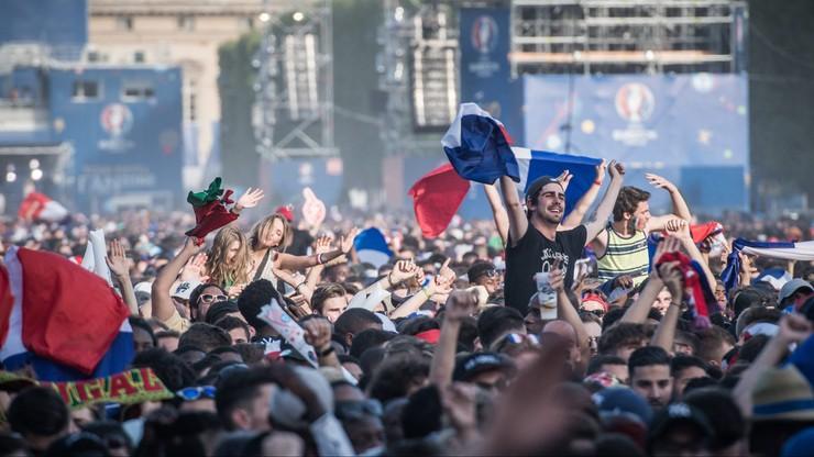 Euro 2016: Policja użyła gazu łzawiącego pod Wieżą Eiffela