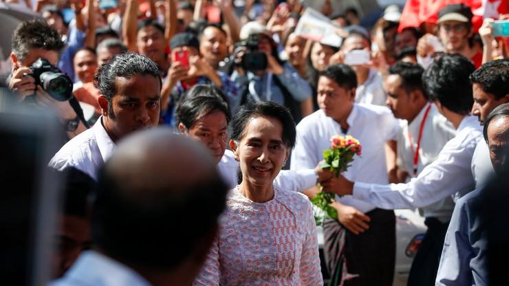 """Birmański rząd zapowiedział """"pokojowe przekazanie władzy"""" po wyborach"""
