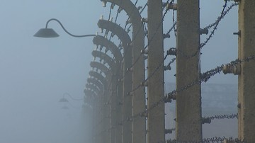 26-09-2016 12:22 Portugalczycy odpowiedzą za zniszczenie Bramy Śmierci w Auschwitz. Grozi im 10 lat więzienia