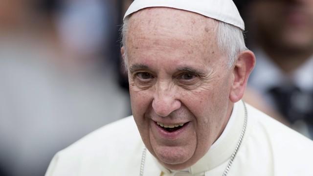 Papież: Jeśli przyjmiemy migrantów, jesteśmy ludem, jeśli nie - grupą jednostek