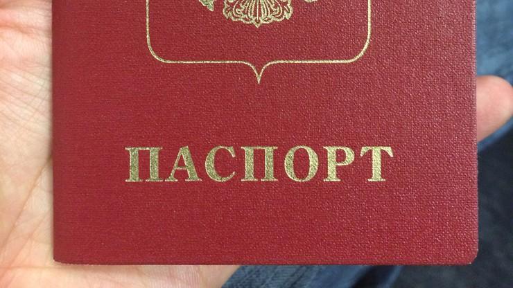 Aleksiej Nawalny dostał paszport. Po pięciu latach odmów