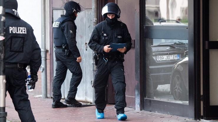 Po ewakuacji centrum handlowego w Bremie zatrzymano Algierczyka