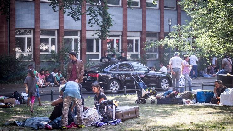 Niemcy: uchodźca zmarł po wielodniowym czekaniu w kolejce po zasiłek