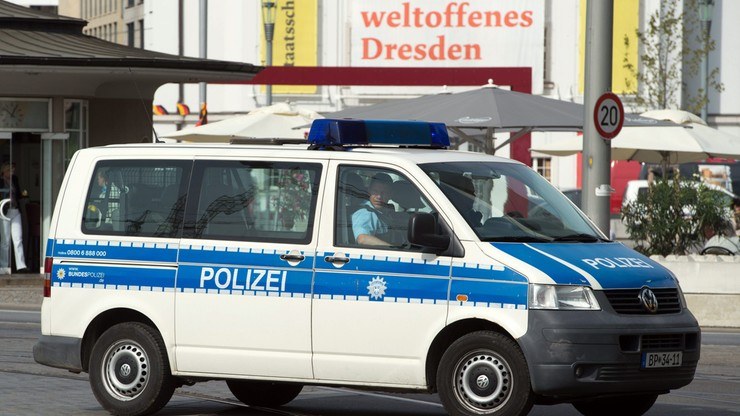 Atrapę bomby znaleziono pod mostem w Dreźnie