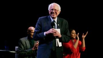 10-04-2016 06:19 Sanders pokonał Clinton w prawyborach w Wyoming