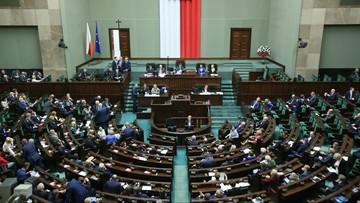 Sejm znowelizował budżet: rolnicy dostaną zaliczki na dopłaty