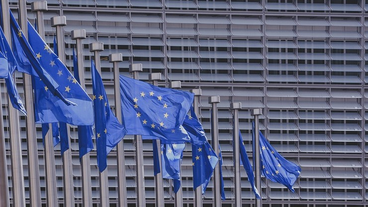 """Ustawy dot. TK """"zgodne ze standardami europejskimi"""". MSZ odpowiada Komisji Europejskiej"""