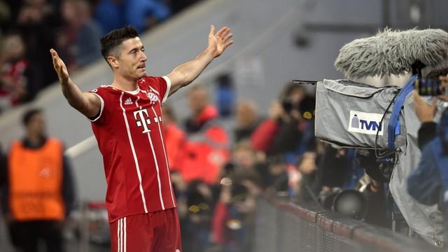 Liga Mistrzów: Gol Lewandowskiego, popis Messiego