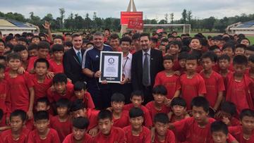 Chiny: powstała największa na świecie akademia piłkarska