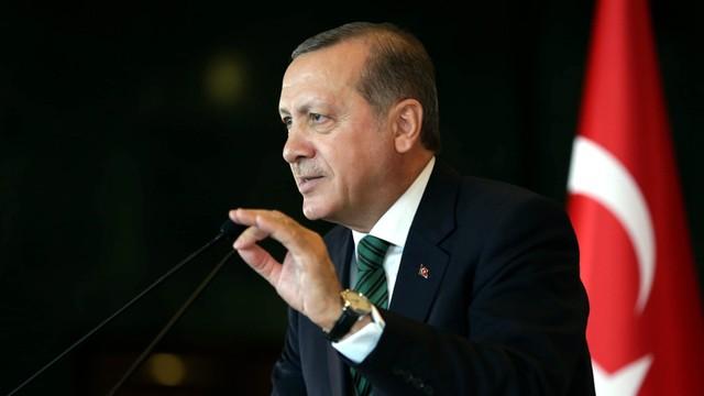 Erdogan oskarża Zachód o udzielanie poparcia Państwu Islamskiemu