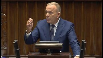 """12-09-2017 11:45 """"Stek kłamstw. Panie Błaszczak, pan już nawet nie jest śmieszny"""". Schetyna o informacji rządu na temat nawałnic"""