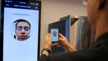 24-02-2016 14:03 Selfie zamiast hasła przy autoryzacji transakcji w internecie