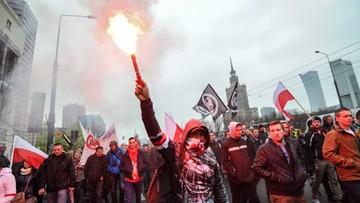 10-04-2016 15:43 Marsz przeciw imigrantom przeszedł przez centrum Warszawy