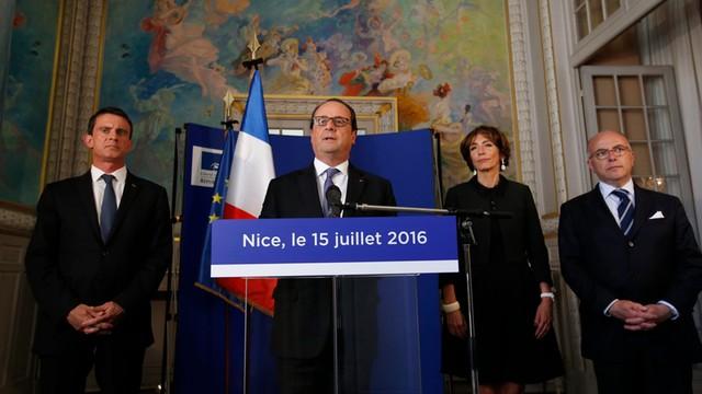 Hollande: Francję czeka długa walka z terroryzmem
