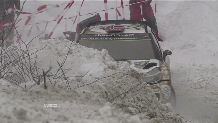 Ostberg wbił się w śnieg aż po szybę
