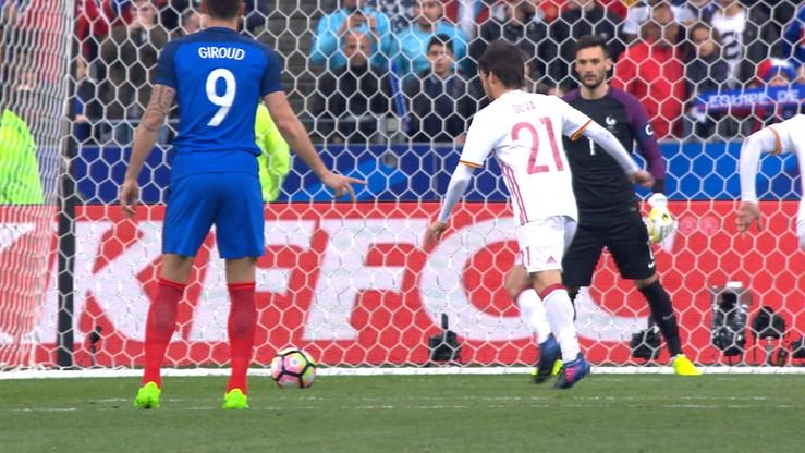 Gdyby Lloris posłuchał Giroud... to miałby szansę obronić karnego Silvy!