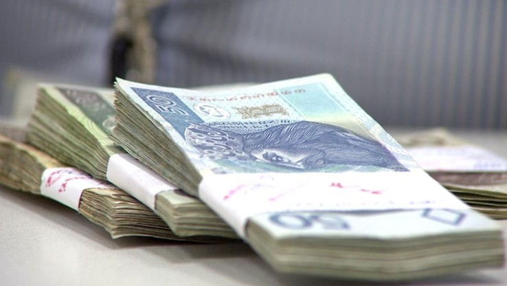 Sejm znowelizował budżet na 2015 r. Deficyt wzrośnie o prawie 4 mld zł