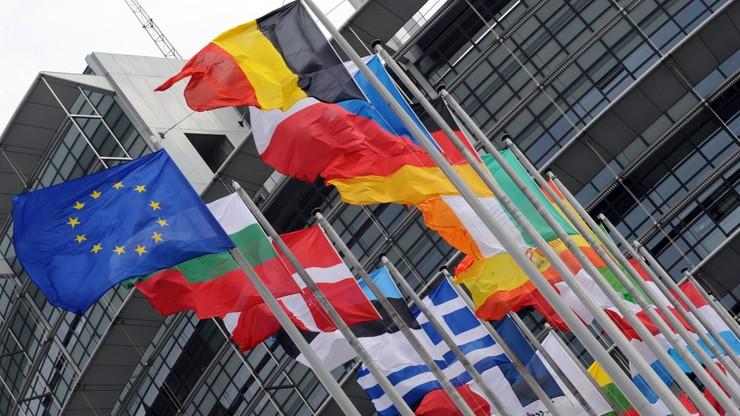 Europosłowie za ograniczeniem dostępu lobbystów do PE