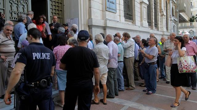 Grecja: Banki zostały otwarte, ograniczenia utrzymano