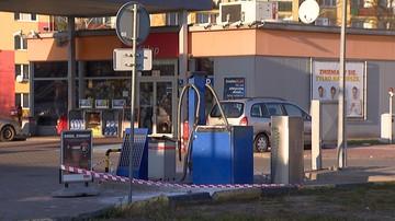 Odkurzaczem wypompował paliwo z auta. Spowodował wybuch na stacji