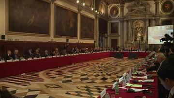 13-10-2016 21:11 Podkomisja Komisji Weneckiej omówiła projekt opinii o TK. Bez delegacji z Polski