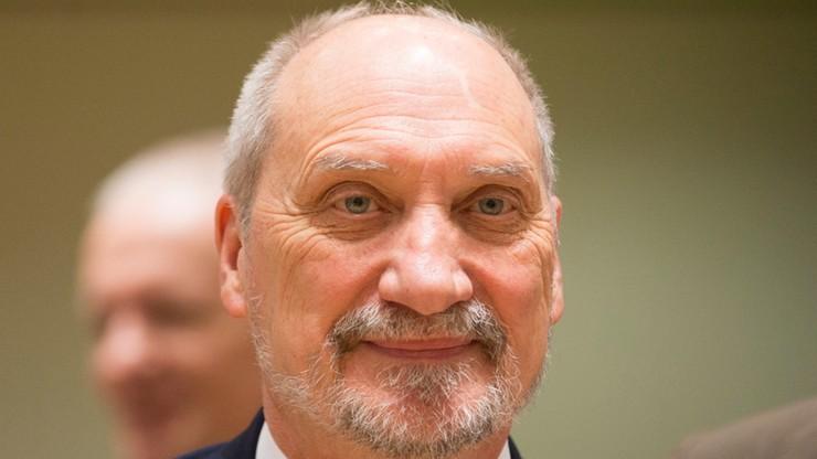 Macierewicz: zaoferowaliśmy Centrum Operacji Lądowych dla unijnych grup bojowych
