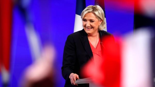 Francja: Le Pen chce w swej partii zmienić wszystko, włącznie z nazwą