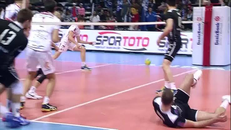 2016-03-25 Kubiak atakuje w 2. metr! Co za kąt!