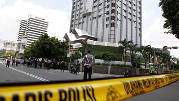 14-01-2016 17:15 Indonezja: siedmiu zabitych w zamachach w Dżakarcie