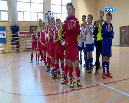 Młodzi adepci futbolu uczcili pamięć Bartłomieja Urbanowicza