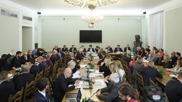 28-11-2017 21:10 Komisja nie zgodziła się na odrzucenie zmian w Kodeksie wyborczym ani na wysłuchanie publiczne
