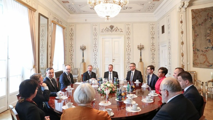Prezydent wręczył listy uwierzytelniające dziesięciu ambasadorom