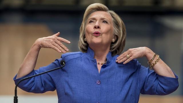 Jeb Bush: to Hillary Clinton stoi za wzrostem znaczenia Państwa Islamskiego
