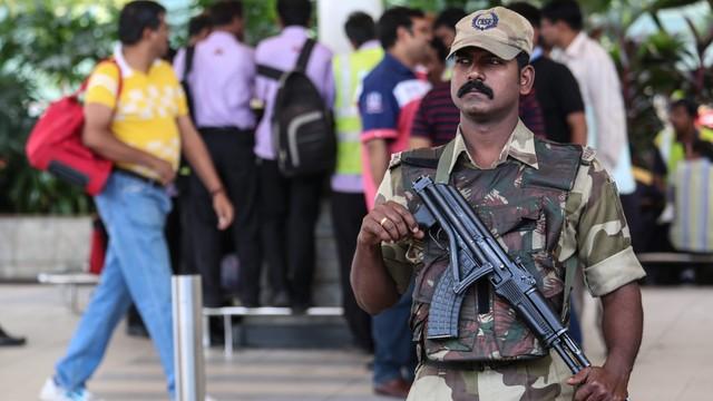 Indie: co najmniej siedem ofiar ataku bazę lotniczą