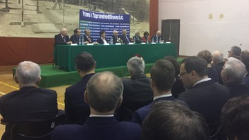"""27-01-2017 21:23 """"Musimy mieć wyższy wynik w przyszłych wyborach parlamentarnych"""" - prezes PiS na spotkaniu w Krakowie"""